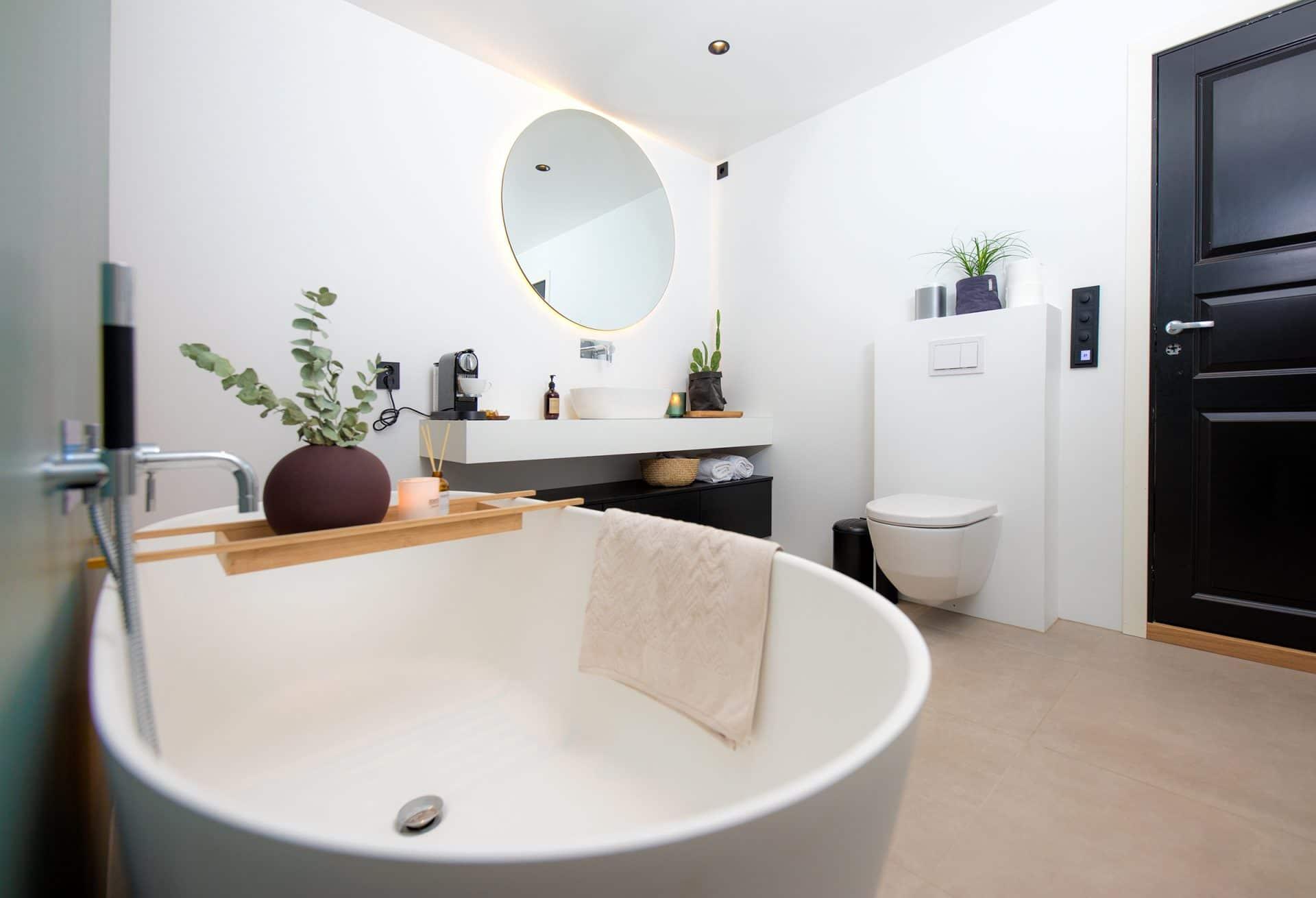 Nytt bad med frittstående badekar